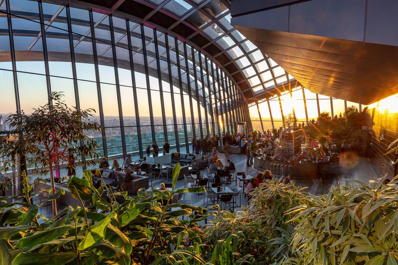 Sky-Pod-Bar-Sunset